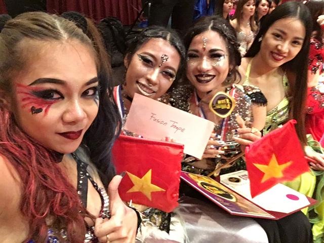 Dù tham dự giải belydance cấp châu Á với 4 thành viên (1 trưởng đoàn và 3 thí sinh), đoàn Việt Nam vẫn gặt hái được nhiều giải thưởng.