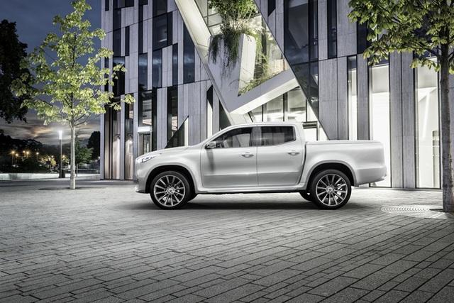 Mercedes giới thiệu concept bán tải X-Class - 11