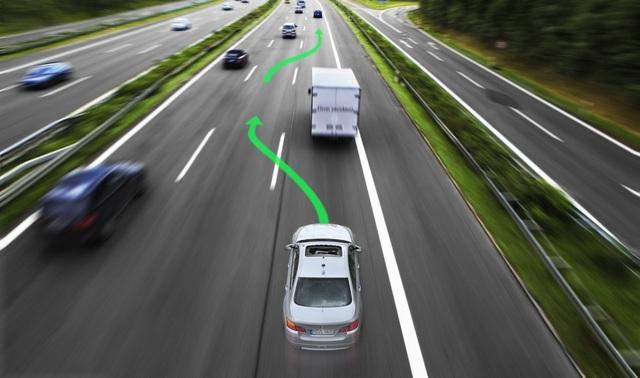 BMW và Toyota mua chung công nghệ lái tự động - 1
