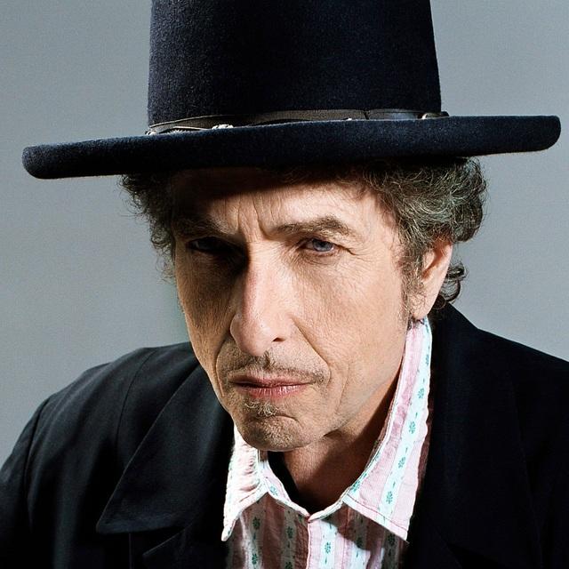 Với công chúng Mỹ ngày nay, Bob Dylan vẫn được xem như một biểu tượng tầm vóc