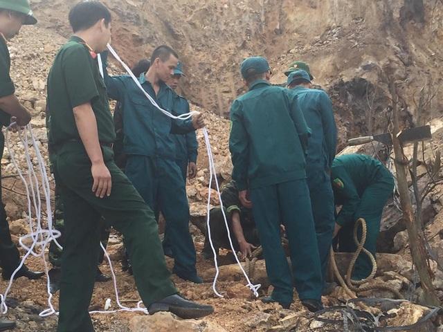 Quả bom được phát hiện ở Đồi Hoa, Khu 1, Chi Nê (Lạc Thủy)
