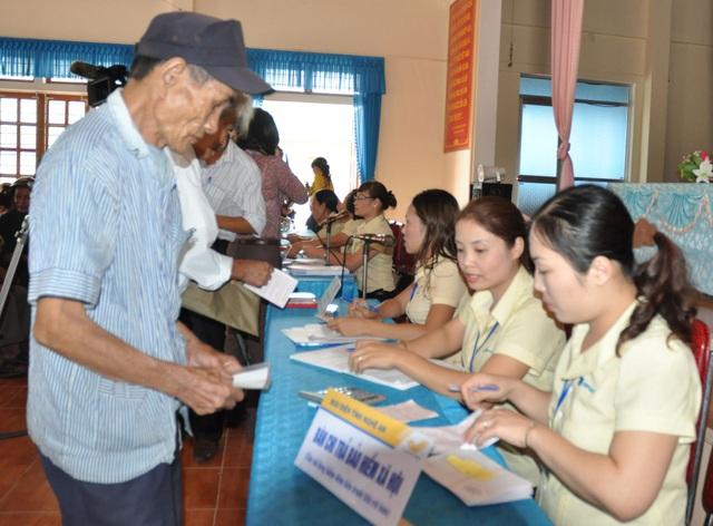 9 tháng đầu năm 2016: BHXH Hà Nội thực hiện hơn 630 cuộc kiểm tra, đôn đốc nợ BHXH - 1
