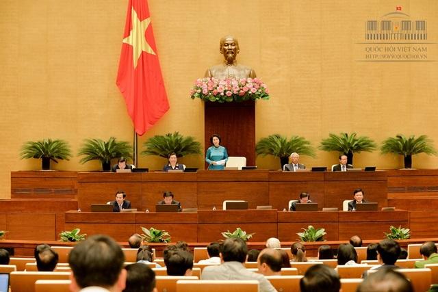 Chủ tịch Quốc hội Nguyễn Thị Kim Ngân phát biểu tổng kết phiên chất vấn và trả lời chất vấn đầu tiên của Quốc hội khóa XIV.