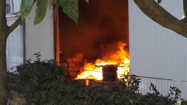Hà Nội: Cháy lớn tại khu công nghiệp Ngọc Hồi - 11