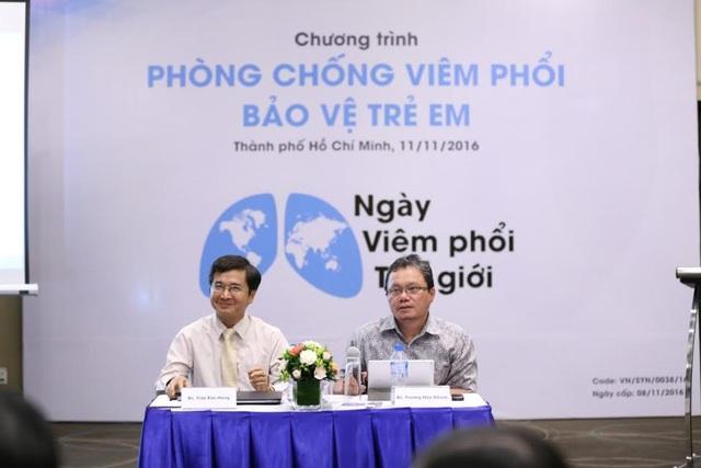 BS Trần Kim Hưng và BS Trương Hữu Khanh tại buổi tọa đàm
