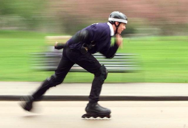 Trượt patin là môn thể dục có cường độ lớn, đốt cháy tới 683 mỗi giờ.