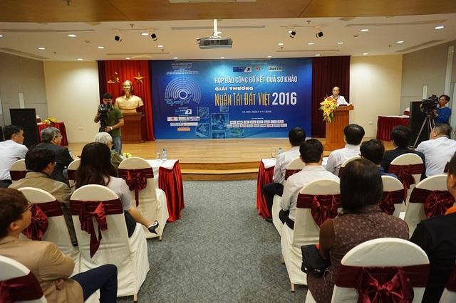 Quang cảnh buổi công bố kết quả sơ khảo Giải thưởng Nhân tài Đất Việt 2016