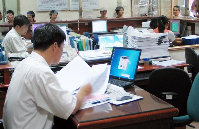 Tăng lương, tăng mức đóng BHXH … thuộc 11 điểm nhấn của lĩnh vực LĐ-TB&XH năm 2016 - 2