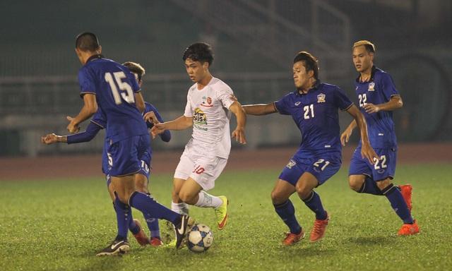 Công Phượng đã chơi nhạt nhòa trước U21 Thái Lan - Ảnh: Nguyễn Đỉnh