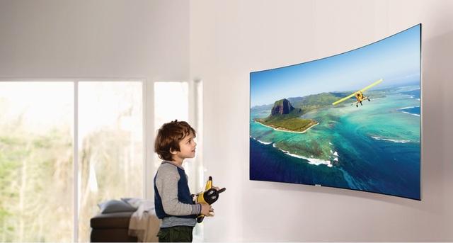 Tại sao nên mua TV màn hình cong? - 1