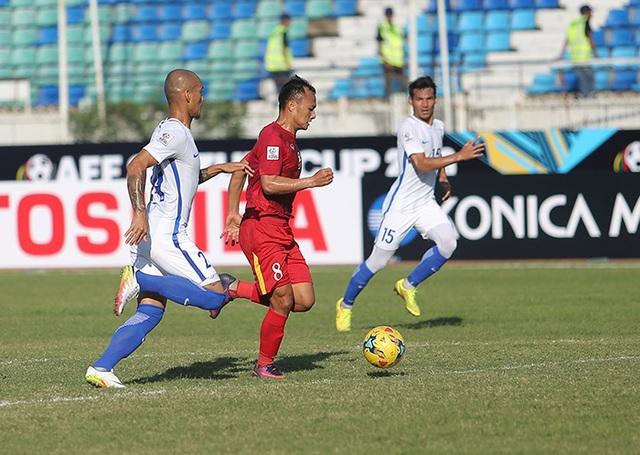 Trọng Hoàng mở tỷ số 1-0 cho đội tuyển Việt Nam ở phút 80