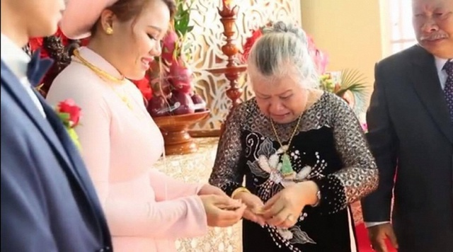7 đám cưới gây xôn xao cộng đồng mạng năm 2016 - 13