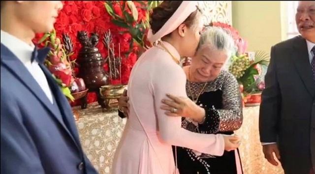 7 đám cưới gây xôn xao cộng đồng mạng năm 2016 - 14