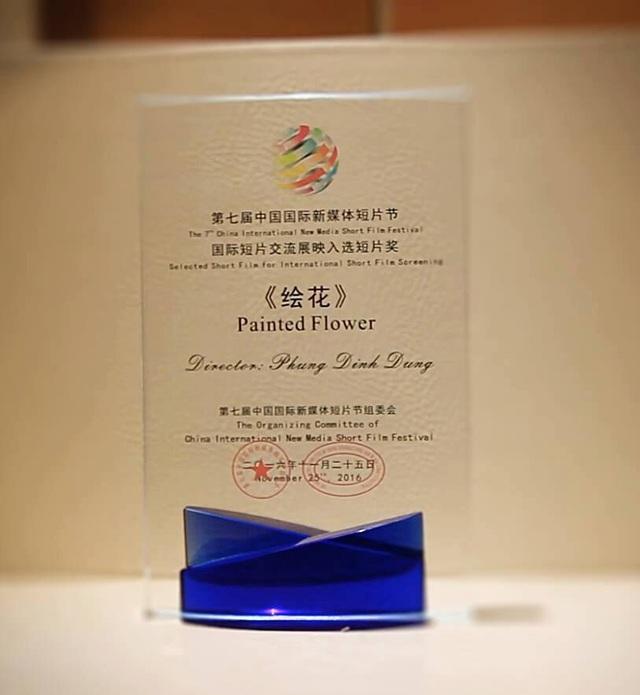 Và chứng nhận bộ phim hoạt hình Painted Flower được lựa chọn trình chiếu tại SCFF 2016.