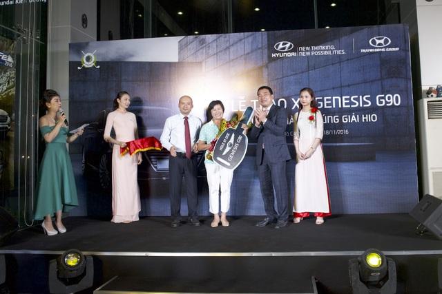 Hyundai Thành Công trao thưởng xe Genesis G90 cho golf thủ đoạt giải Hold In One - 1