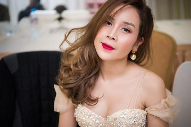 Cận cảnh nhan sắc sau phẫu thuật thẩm mỹ của Lưu Hương Giang - 3