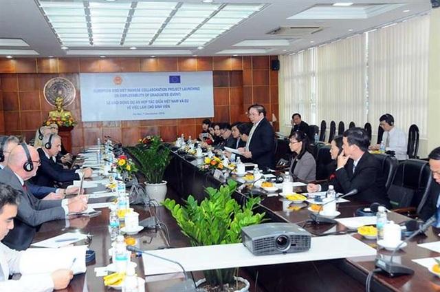 Đầu tư 1,5 triệu euro cho 5 trường đại học nâng cao chất lượng đào tạo - 1