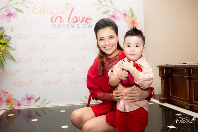 Hồng Quê, Tâm Tít, Bảo Trâm Idol hội ngộ trong ELLIE VU IN LOVE Fashion show - 8