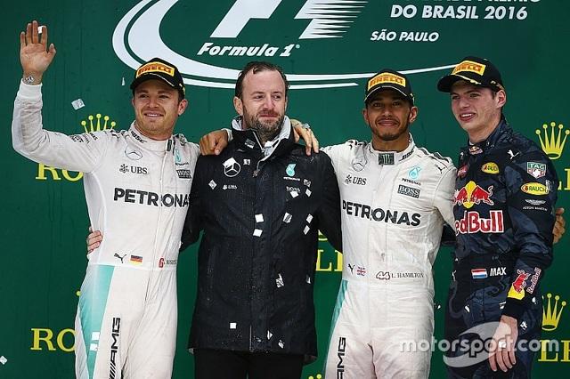 Thắng chặng, Lewis Hamilton tiếp tục nuôi giấc mơ vô địch - 7