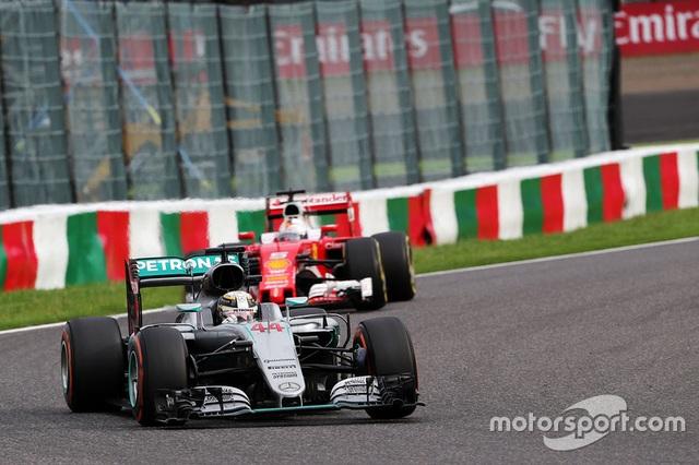 Nico Rosberg có chiến thắng chặng thứ 9, Mercedes vô địch F1 2016 - 10