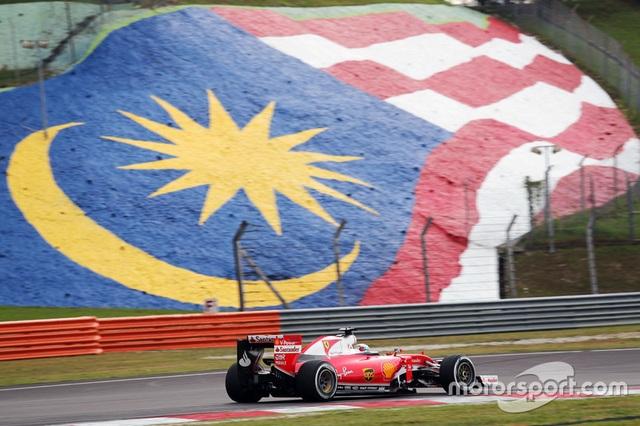 Daniel Ricciardo và Red Bull Racing thống trị Sepang - 3