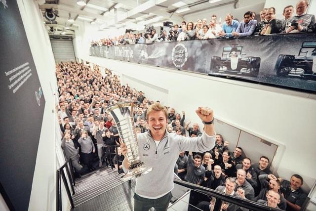 Nico Rosberg bất ngờ tuyên bố giải nghệ - 7
