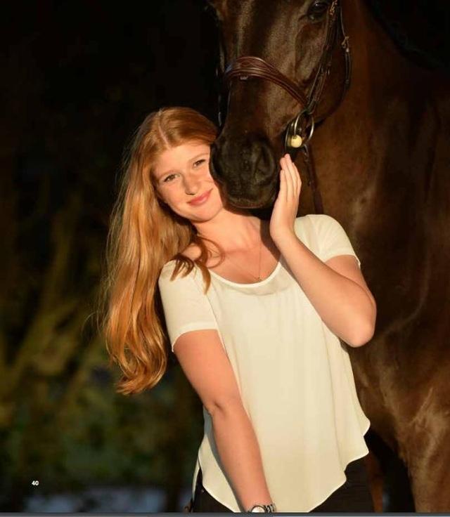 Bill Gates từng chia sẻ rằng, mặc dù là con gái nhưng Jennifer lại yêu thích công nghệ và bộ môn đua ngựa. Cô rất năng động và thân thiện với mọi người. Ông rất tự hào vì con gái mình có niềm đam mê công nghệ giống bố.