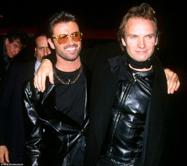 George gặp Sting tại một sự kiện âm nhạc ở New York, Mỹ, vào năm 1993.