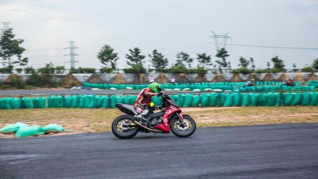 Honda Việt Nam tiếp tục mang giải đua xe đến tỉnh Bình Dương - 7