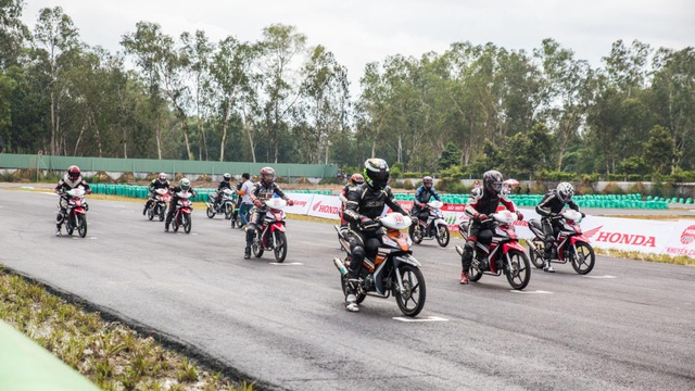 Honda Việt Nam tiếp tục mang giải đua xe đến tỉnh Bình Dương - 5
