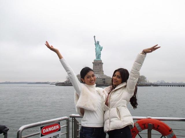 Diệu Ngọc và người đẹp hoa hậu thế giới đi thăm tượng Nữ thần Tự do - 3