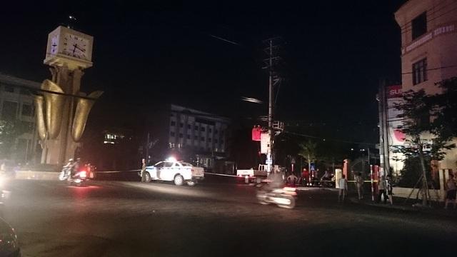 Hé lộ nguyên nhân vụ nổ taxi kinh hoàng - 1