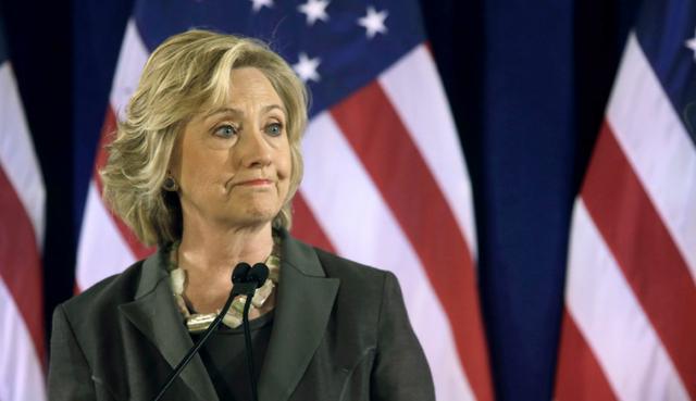 60% cử tri Mỹ trả lời phỏng vấn nói rằng bà Clinton không trung thực. (Ảnh: EPA)