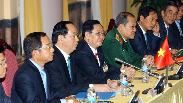 Việt Nam ký kết mua 40 máy bay của Pháp - 2