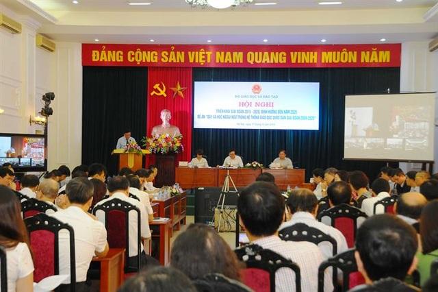 Bộ trưởng Phùng Xuân Nhạ: Phải tạo ra xu thế toàn xã hội học ngoại ngữ - 1