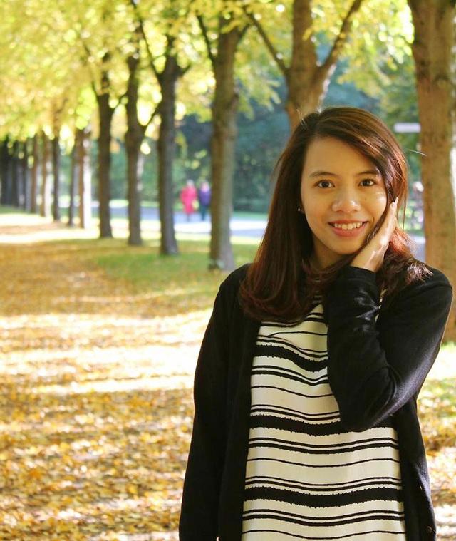 Nhờ lên kế hoạch tốt nên dù làm thêm vất vả, Hồng Nhung vẫn đảm bảo việc học cho tới ngày ra trường.