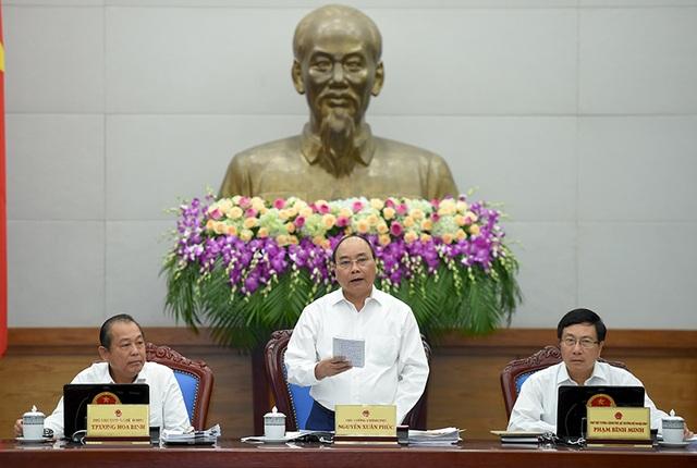 Phiên họp thường kỳ tháng 10 của Chính phủ bàn nhiều giải pháp ổn định đời sống người dân những tháng cuối năm 2016.