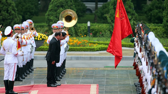 Hình ảnh Lễ đón Tổng thống Pháp tại Phủ Chủ tịch - 4