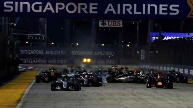 Nico Rosberg thắng tuyệt đối tại chặng đua Singapore - 6