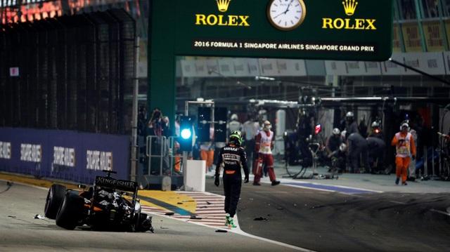 Nico Rosberg thắng tuyệt đối tại chặng đua Singapore - 7