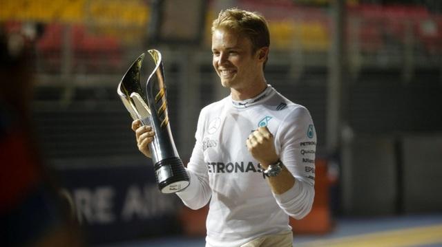 Nico Rosberg thắng tuyệt đối tại chặng đua Singapore - 3