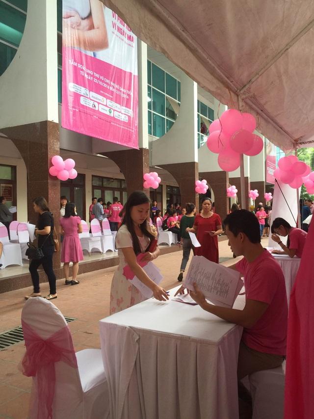Chương trình tầm soát ung thư vú tại Bộ Y tế (Ảnh: Trần Phương)