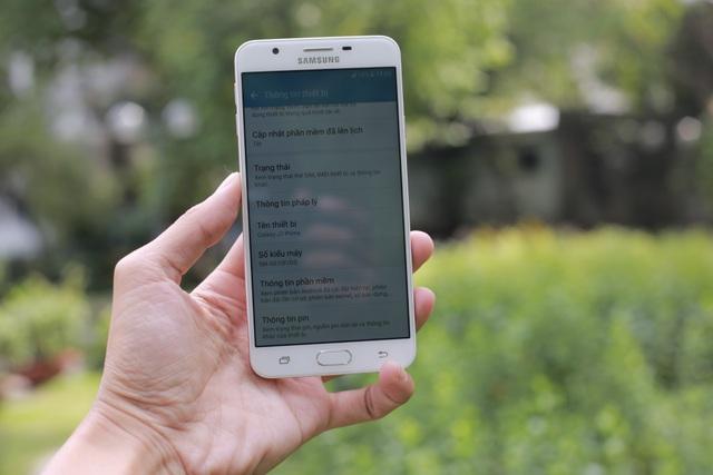 Trên tay và đánh giá nhanh Galaxy J7 Prime Hồng Vàng - 2