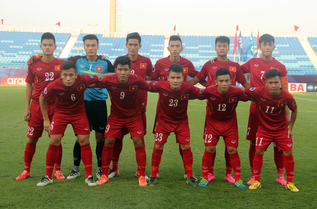 HLV Hoàng Anh Tuấn giữ nguyên đội hình ra sân so với trận đấu với CHDCND Triều Tiên