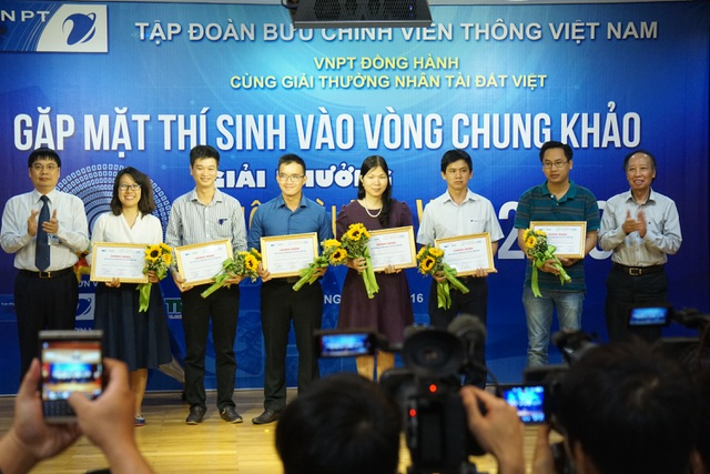"""BTC Giải thưởng Nhân tài Đất Việt: """"Các bạn phải lan tỏa ra toàn cầu!"""" - 3"""