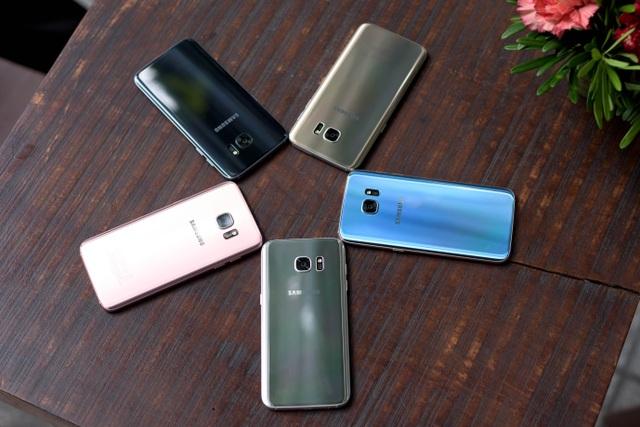 Ở phân khúc cao cấp, Samsung tiếp tục thành công với doanh số ấn tượng của Galaxy S7/S7 edge.