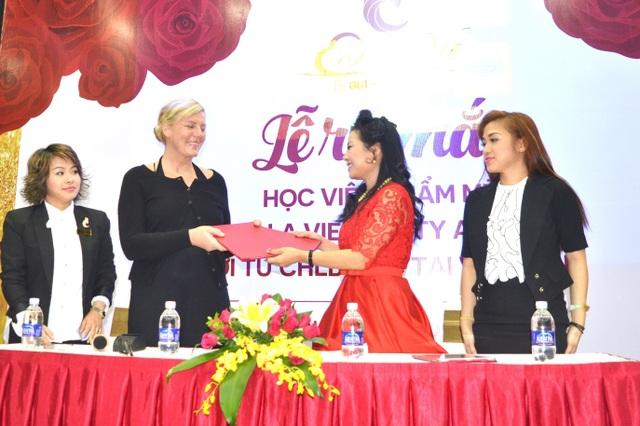 Lễ ra mắt và Hội thảo dạy nghề làm đẹp của học viện C'est La Vie - Đức tại Việt Nam - 1