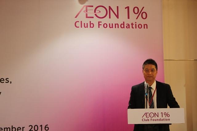 ÔngYasuo Nishitohge - Đại diện Công ty TNHH Aeon Việt Nam phát biểu tại buổi lễ trao học bổng Aeon.