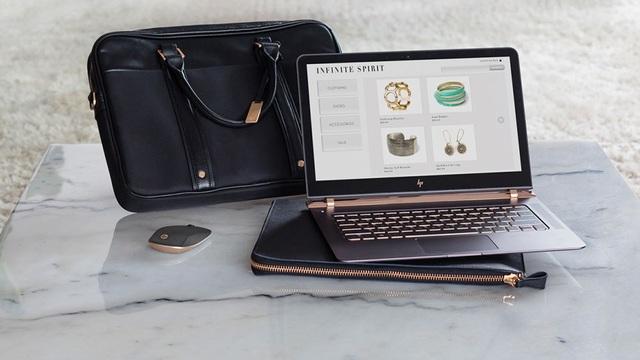 """HP Spectre chính là một """"siêu phẩm"""" đáng để đầu tư và góp phần thể hiện đẳng cấp khác biệt cho những thương gia hay doanh nhân trên thế giới."""