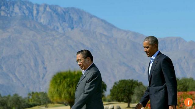 Tổng thống Mỹ Barack Obama (phải) và Chủ tịch Lào Choummaly Sayasone tại hội nghị ở California hồi tháng 2. (Ảnh: AFP)